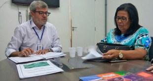 Prefeita Suka busca reforma de cobertura da quadra da Ruinha na Sudesb