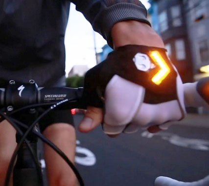 Bicycle Gloves With Turn Signals