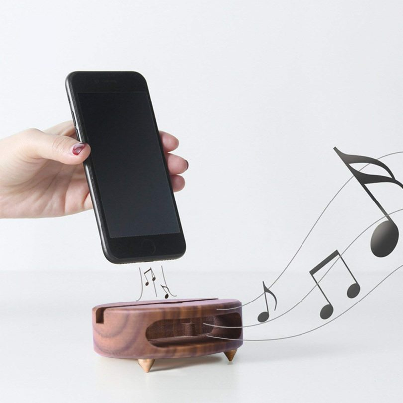 Monolith Cell Phone Stand with Sound Amplifier