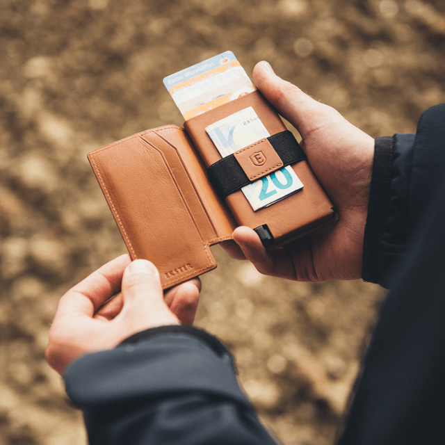 Parliament Wallet