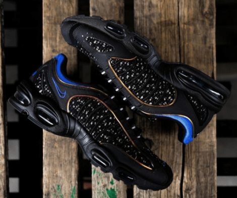 Air Max Tailwind IV Supreme Black