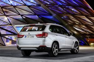 X5e_BMW Welt_hinten