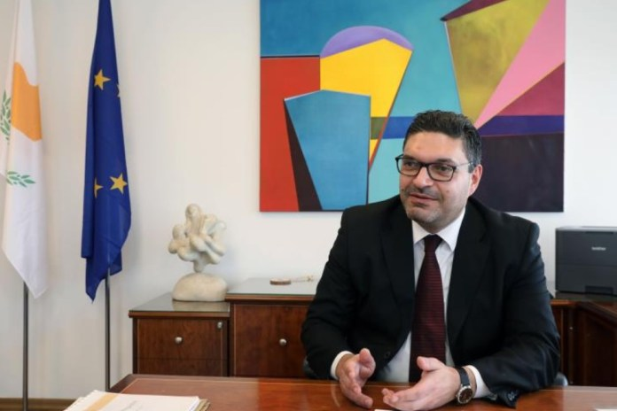 Cyprus' President Nicos Anastasiades has strongly and persistently raised the issue of a reduction of €30 million in EU funds relating to migration during the extraordinary European Council on EU budget 2021 – 2027, Finance Minister Constantinos Petrides has told Cyprus News Agency.