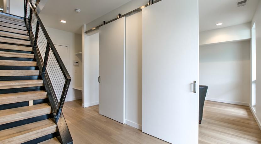 63 Oak 417_UC-B Properties_Gallery3