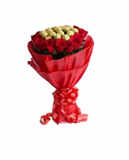 Chocolate & Roses Hand Bunch