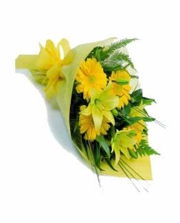12 Mix Flowers (Lilies & Gerberas) Hand Bunch