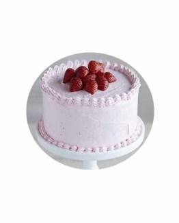 1 Kg Strawberry cake