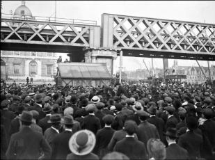 Photograph of Beresford protest 10th June 1917 from the Keogh Photographic Collection, National Library of Ireland