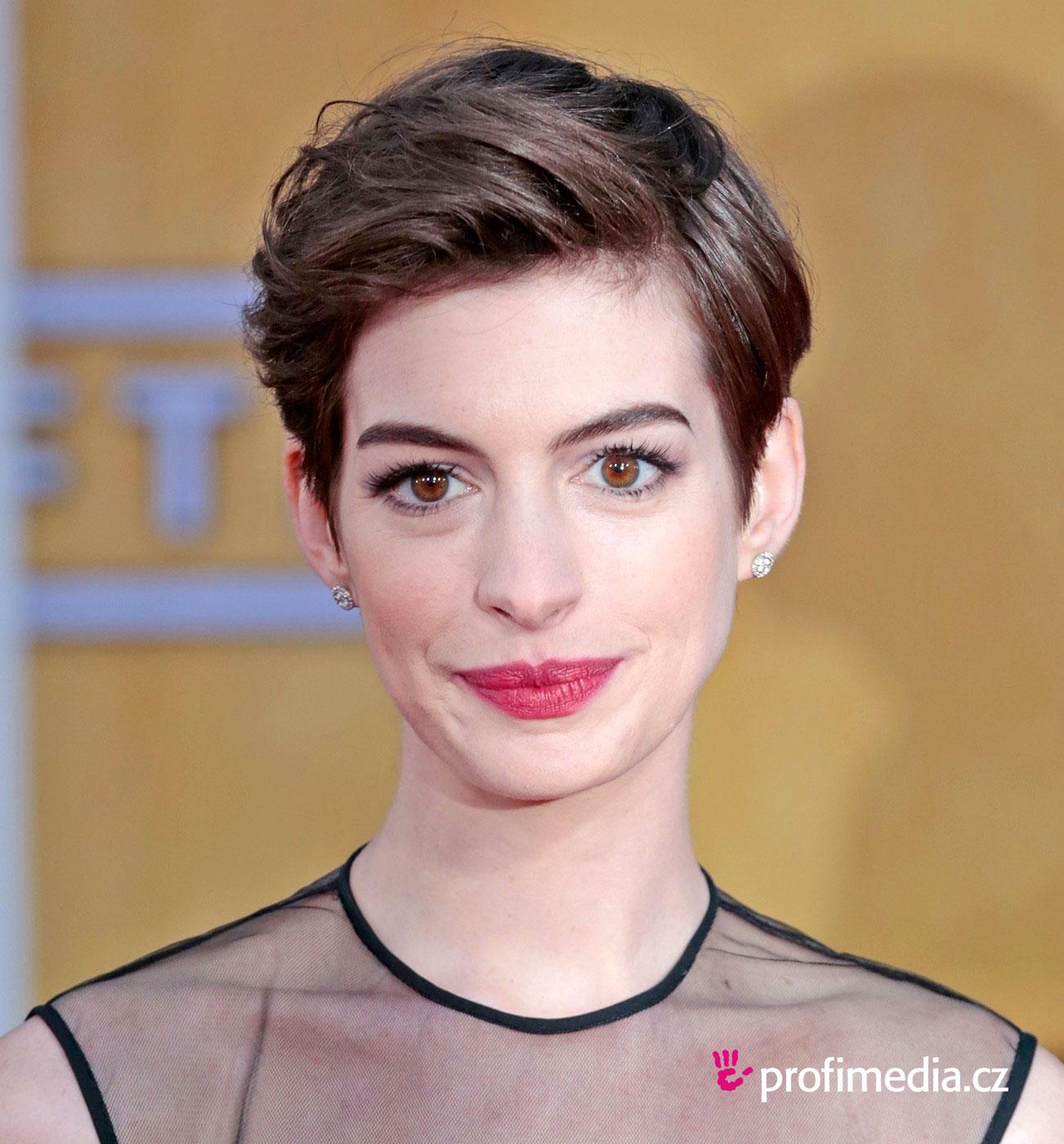 Anne Hathaway Frisur Zum Ausprobieren In EFrisuren