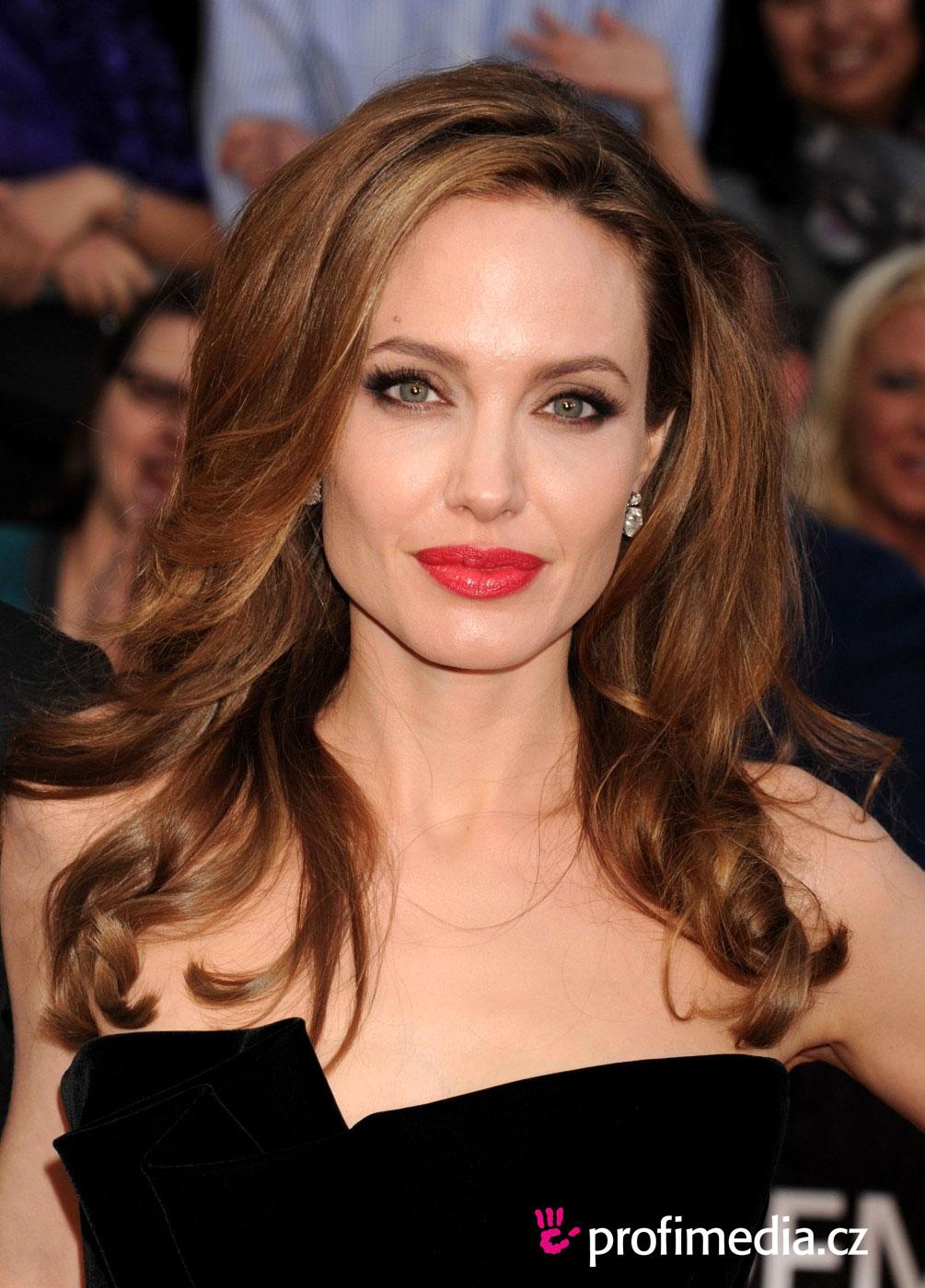Angelina Jolie Frisur Zum Ausprobieren In EFrisuren
