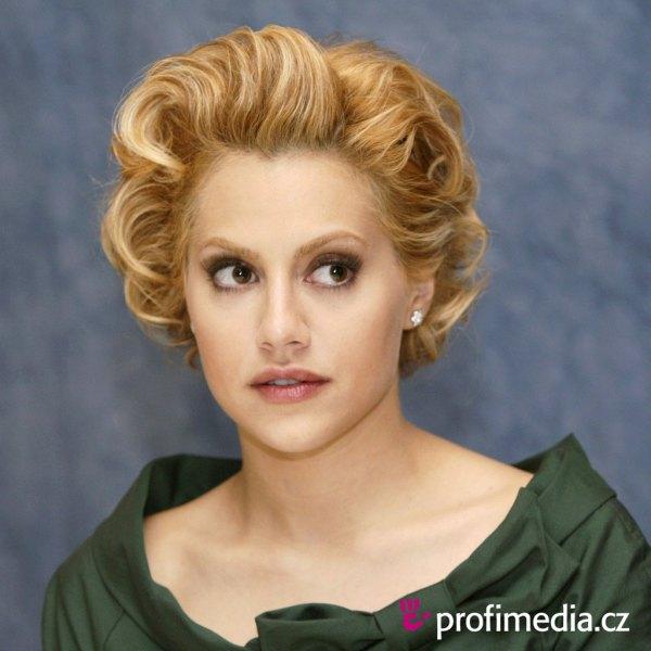Brittany Murphy - Peinado De