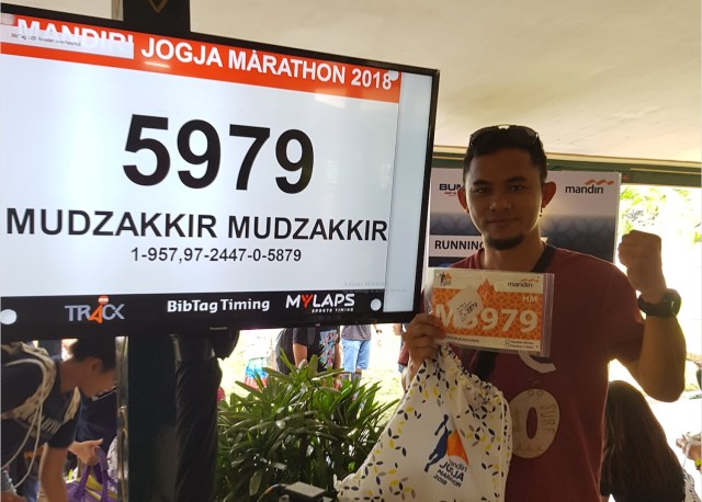 Pengambilan racepack Mandiri Jogja Marathon 2018