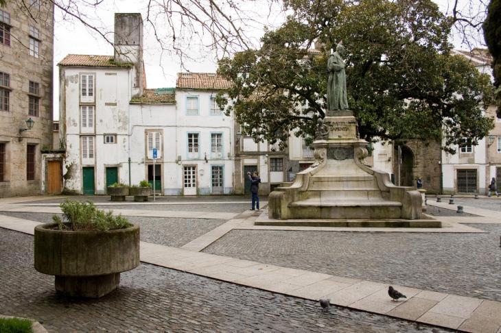 Plaza de Mazarelos: Información útil y fotos