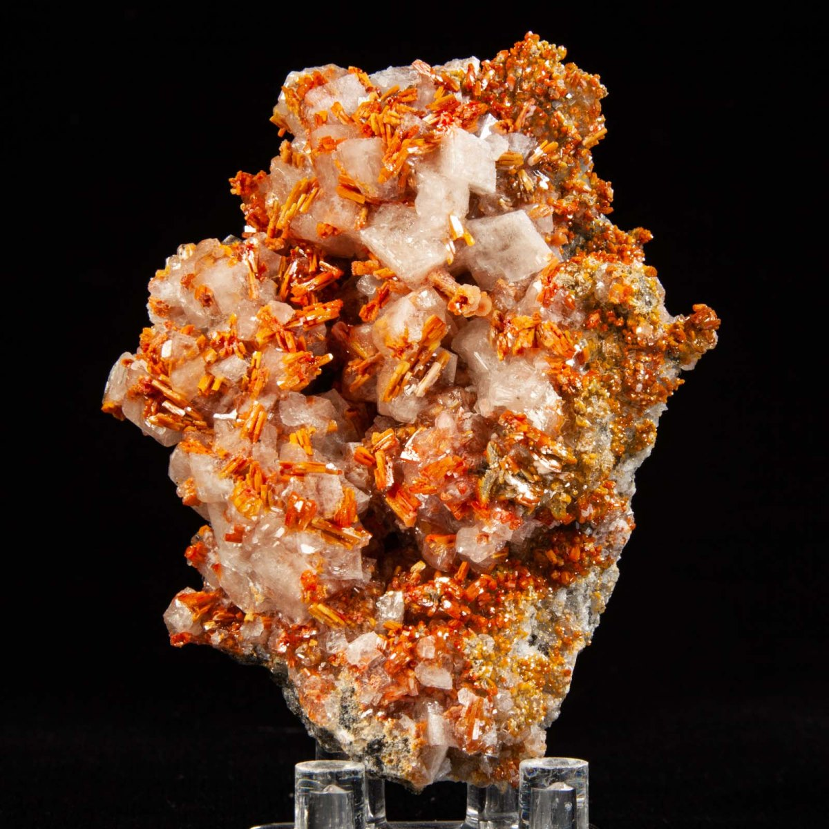 Vanadinite and Calcite