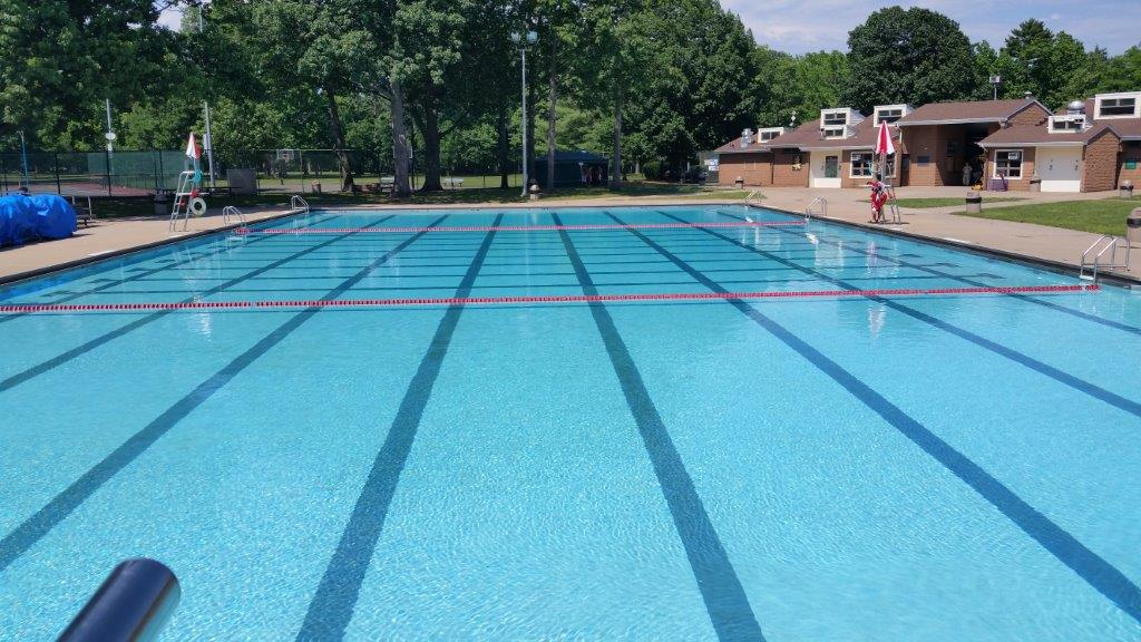 Walter E Ulrich Memorial Pool  County of Union New Jersey
