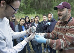 Students from UC Berkeley learn field research skills during a visit to Hastings Natural History Reservation. Image credit: Lobsang Wangdu