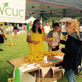 VCUC s giving out bananas at their stand! Eco clubs represent at UC Clubs day today. #ucsustain #ucnow VCUC - Veg Club of UC