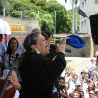 Soledad Bravo y Aquiles Báez cierran emotivo acto en la UCV