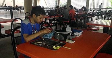 Comedor Universitario vuelve a ofrecer servicios de desayuno y cena