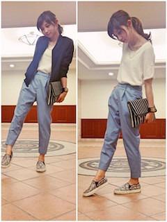 12スリッポン×紺ジャケット×サックスパンツ