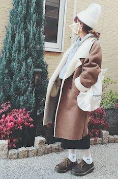ビッグシルエット×タイトスカート×ニット帽