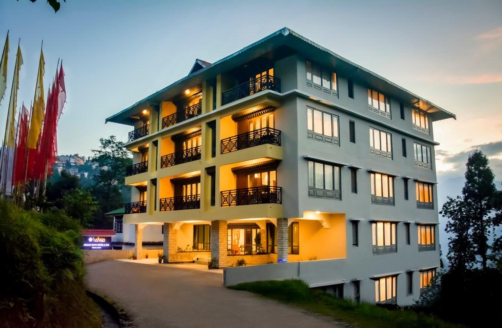 Best Pure Veg Hotel in Pelling