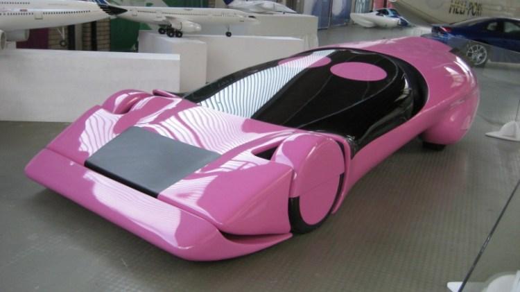 Автомобиль от Луиджи Колани. Выставка в Карлсруэ. Фото