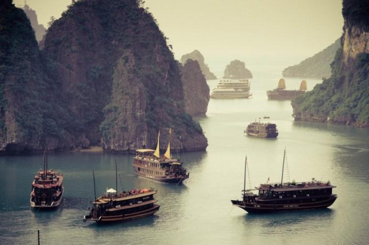 залив Халонг (Вьетнам). Фото / Ha Long Bay. Photo