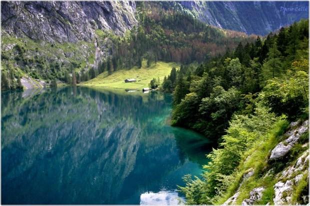 Озеро Оберзее в Национальном парке Берхтесгаден. Германия. Фото