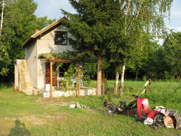 Prenočevanje tik pred mejo z Bosno