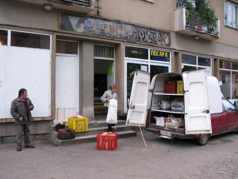 Razvoz kruha po okoliških trgovinah