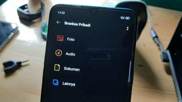Cara Sembunyikan Foto dan Video di HP Realme Terbaru