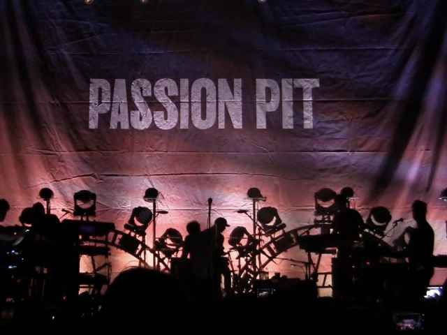 Passion Pit performance
