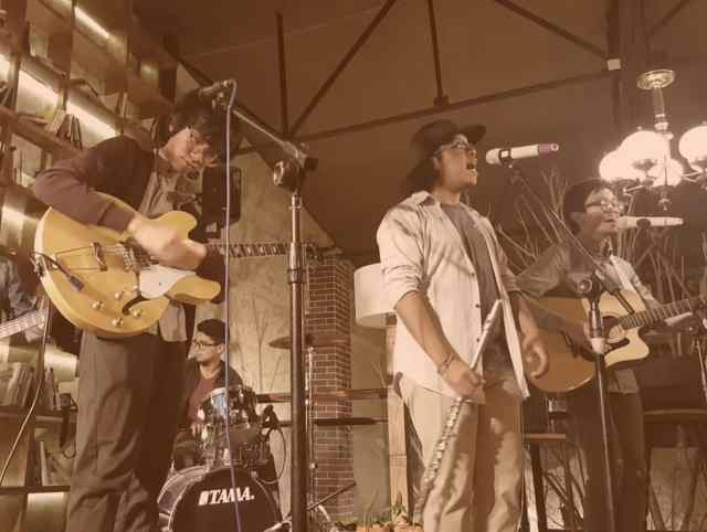 Ph OPM indie band Munimuni performs live