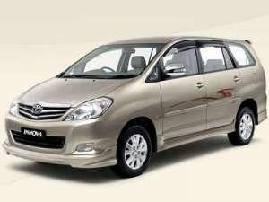 Toyota_Innova_udupi_taxi
