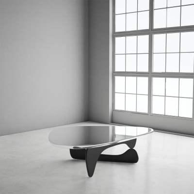 Isamu_Noguchi_Coffee_Table