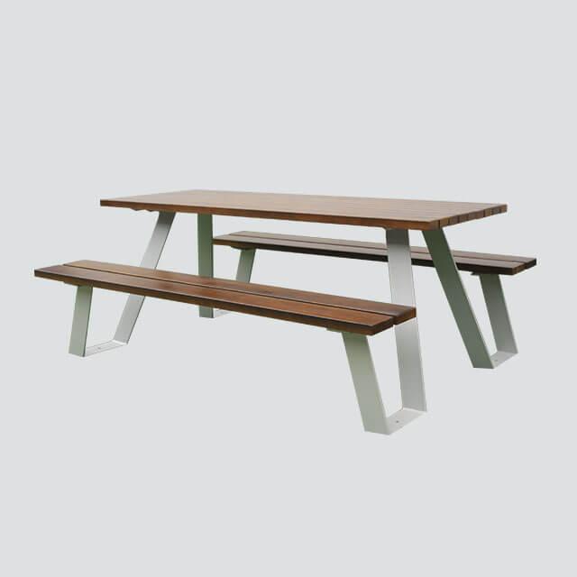 公園街道實木桌椅