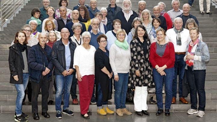 Ehrenamtliche besuchen den Bundestag