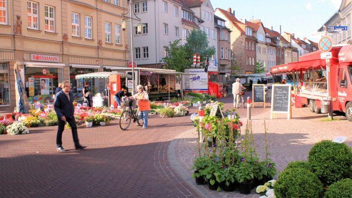 Umfrageergebnis zur Sperrung der Uelzener Marktstraßen liegt vor: Bürger dafür – Einzelhandel und Gastronomen dagegen