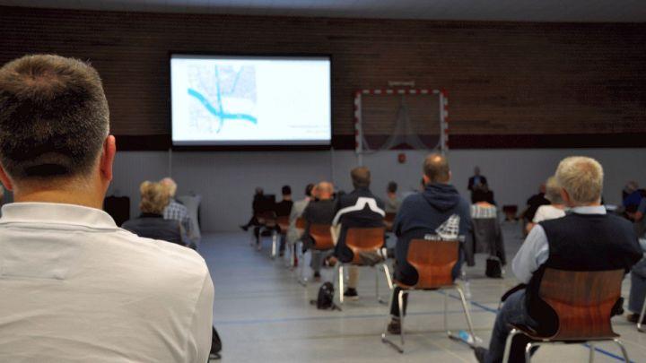 Auf vielen Wegen zur Arena: Planer stellen Anwohnern das Verkehrskonzept vor