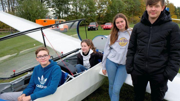 Motivierte Segelflugschüler prägen Jahresbilanz des Uelzener Flugsportvereins