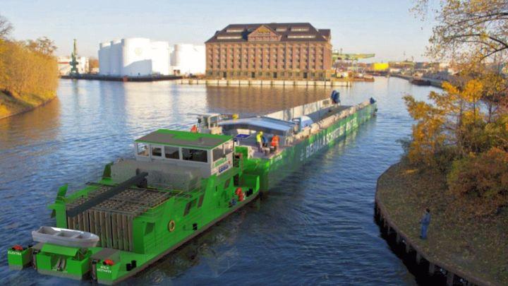 """""""Zukünftig soll ein emissionsfreier Binnenschiffsverkehr auch auf dem  Elbeseitenkanal ermöglicht werden"""""""