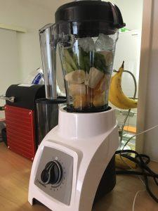 小松菜、バナナ、オレンジ