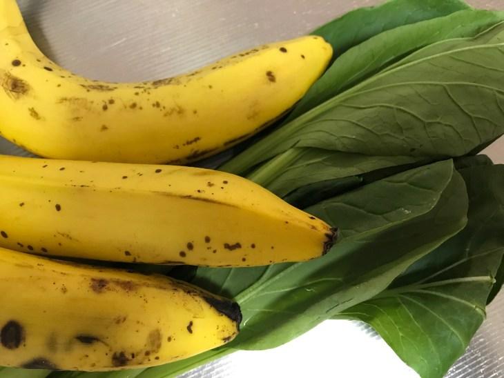 今日のスムージー 2017.05.26. 小松菜とバナナに牛乳を加えたスムージー