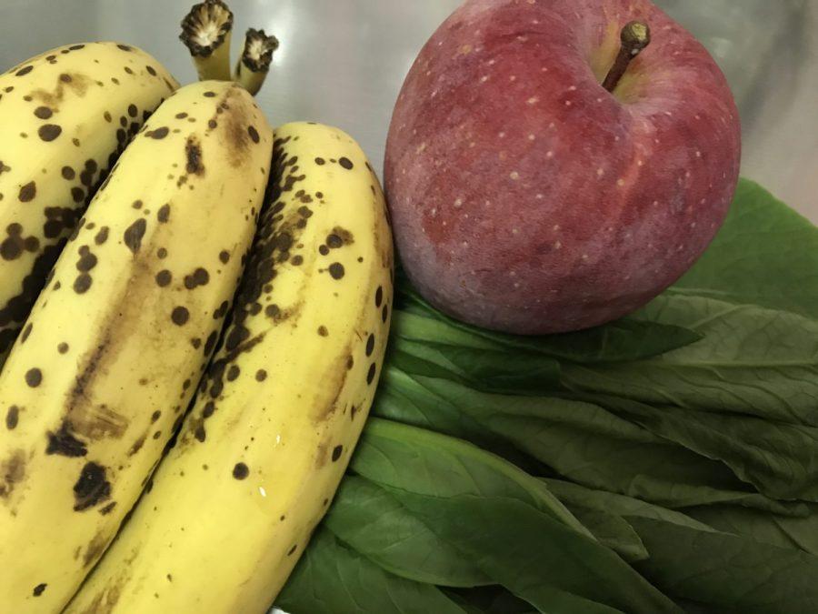 バナナと小松菜とリンゴ