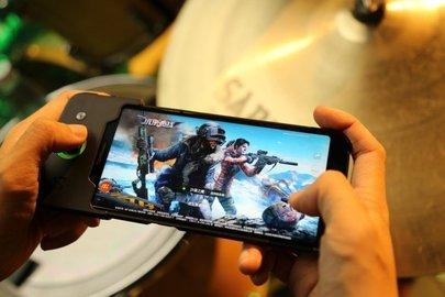 Смартфон Xiaomi Black Shark признан самым производительным по версии AnTuTu