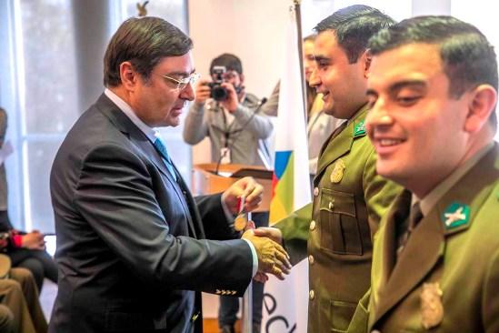 Felipe Guevara - Condecoración Héroe en el deber