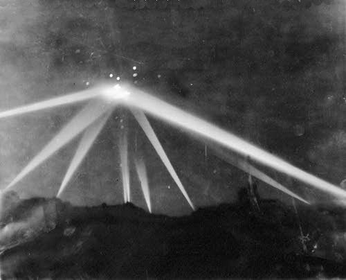 Battle of Los Angeles - Actual photograph of object under attack