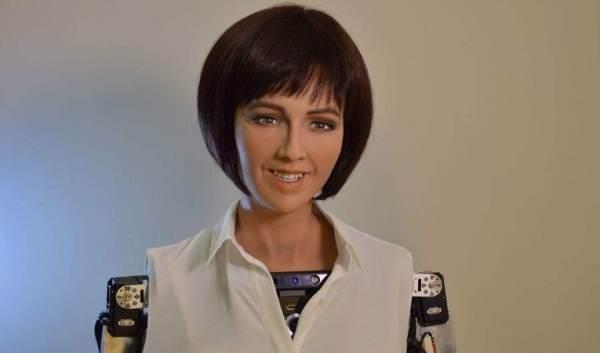 Робот-андроид София, гражданка Саудовской Аравии. Они уже среди нас.