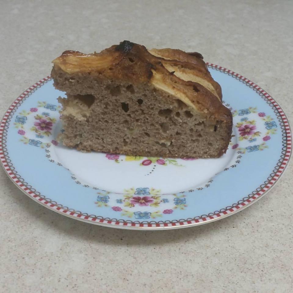 פרוסת עוגת תפוחים